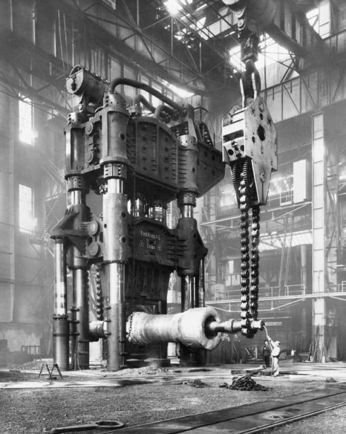 15000_tons_steam-hydraulic_forging_press_in_the_krupp_factory_essen_germany_1928.jpg