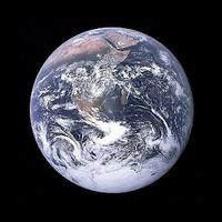 •A Világ Felszabadulásának Napja 2012.május 5-6