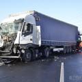 Kamionok ütköztek az M1-esen!