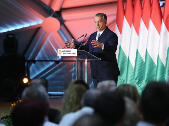 Orbán: ki nevet a végén?