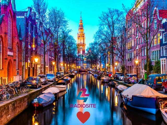 42NETBlog -is- menni Amszterdam