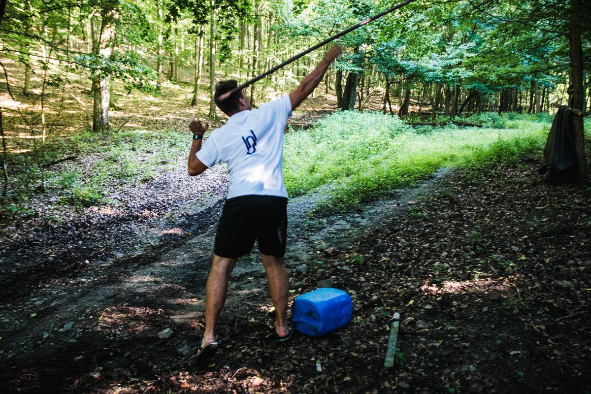 A B-típusú rudazat-hajítás is hagyományos ókori sport (K)