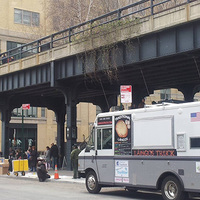 Így lett New Yorknak lángossütő furgonja