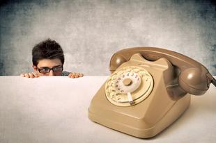 Félsz telefonálni? Íme néhány tipp, hogyan győzd le a telefonfóbiát!
