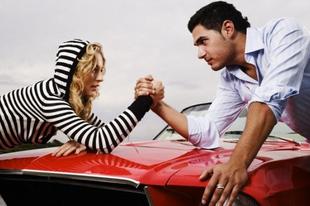 Kik vezetnek jobban? A nők vagy a férfiak?