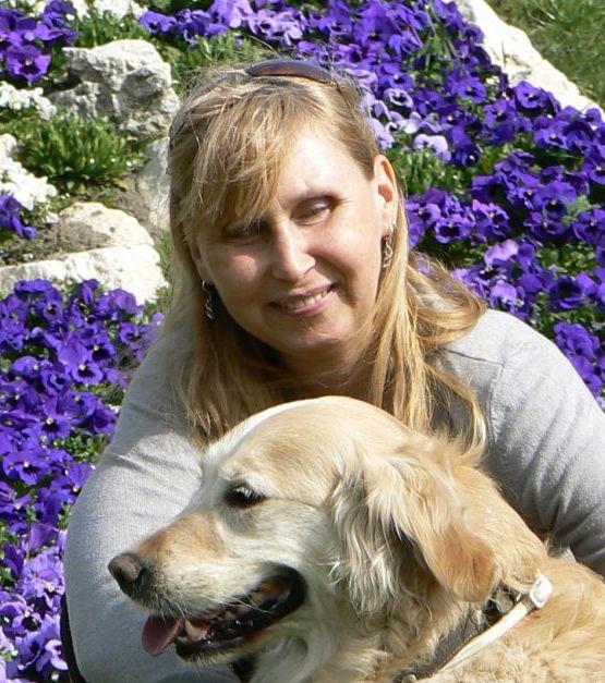 Nyikes Fatime és a kutyája