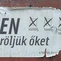 Választási plakátmaradvány