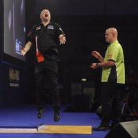 Az év legcsodálatosabb darts-meccsén Barny kiverte a világelsőt