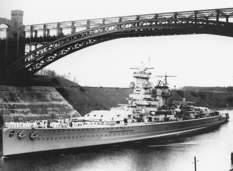 admiral_graf_spee_1938_caiser_wilhelm_canal.jpg