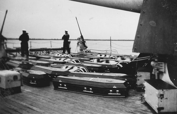 admiral_graf_spee_1939_12_14_halottak_001.jpg