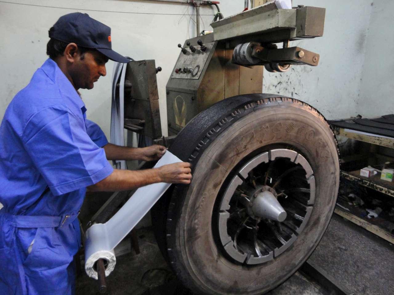 retread-tyre1280x900.jpg
