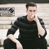Dobos a DJ pultban - August Hoffer interjú