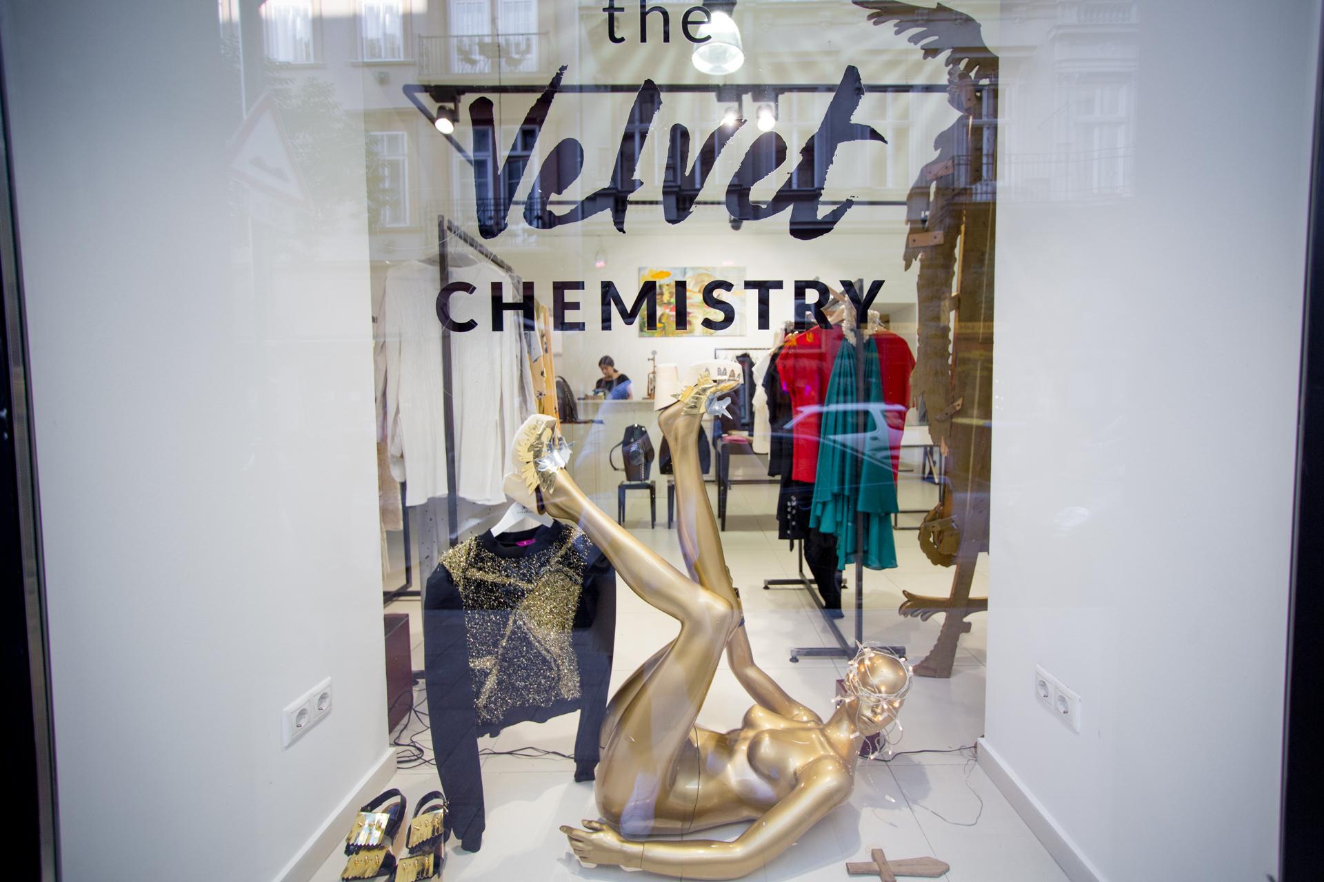 velvet_chemistry_0017.jpg