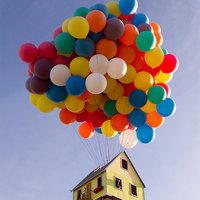 Fel lehet emelni lufikkal egy házat?