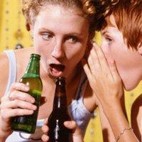Így szórakozik velünk az alkohol - óráról-órára!