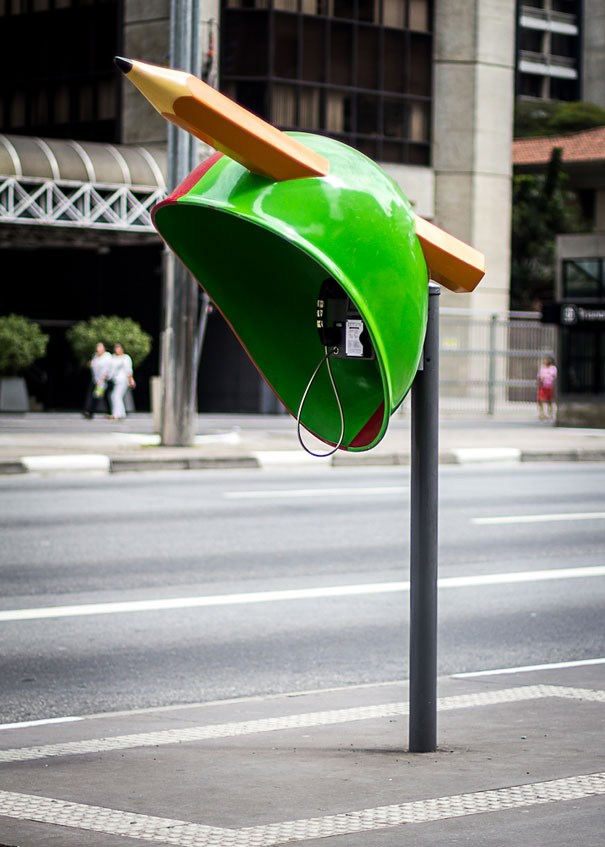 call-parade-creative-phone-booths-sao-paulo-4.jpg