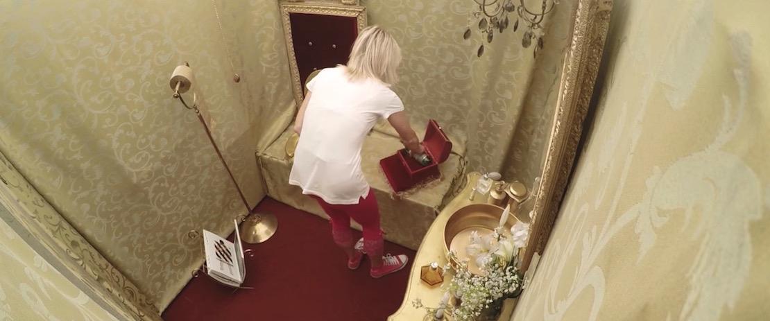donat-mg-royal-toilet-3.jpg