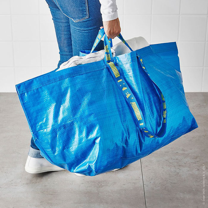 ikea-responds-balenciaga-original-frakta-bag-12.jpg
