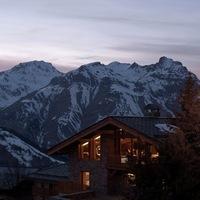 Hardcore menedékház a hegyen