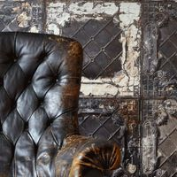 Napi-kisszínes: vintage leather armchairs