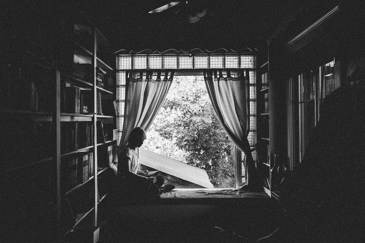 az_ablakban.jpg
