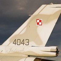 JASTRZAB - TÍZ ÉVE ÉRKEZTEK AZ ELSŐ LENGYEL F-16-OSOK