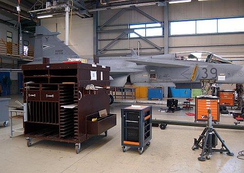 hangar-04.jpg
