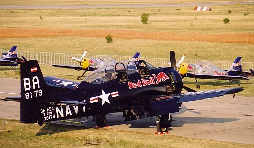 redbull-2003-lhtl-03.jpg