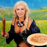 Donatella Kiszel Tünde reinkarnációja.