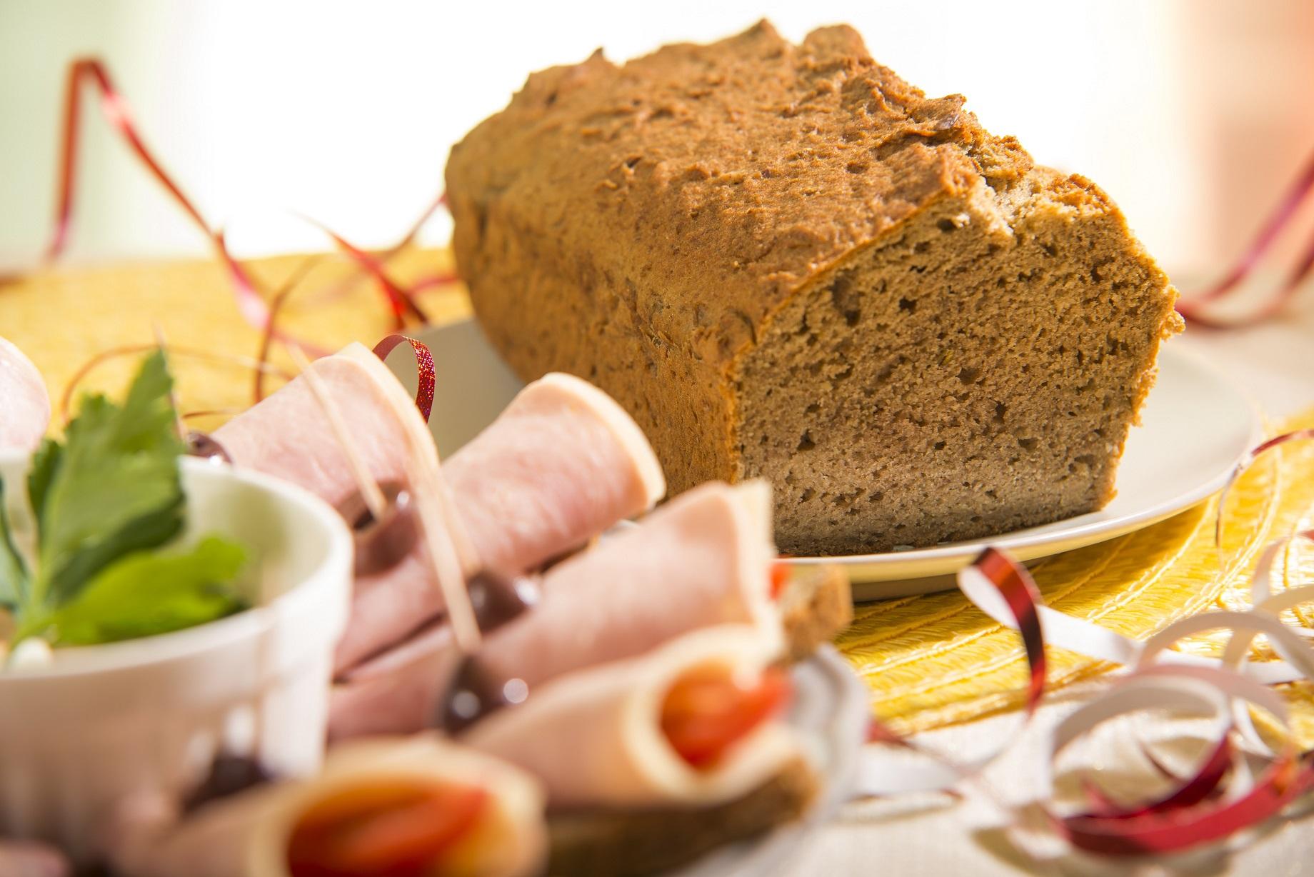 ujevi-dietas-teljeskiorlesu-lencse-kenyer.jpg