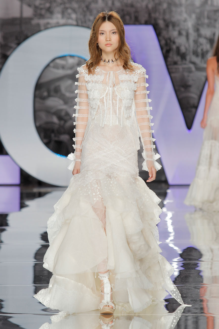 1-barcelona-bridal-week-eskuvo-classic-alice-blog-menyasszonyi-ruha-yolancris_26.jpg