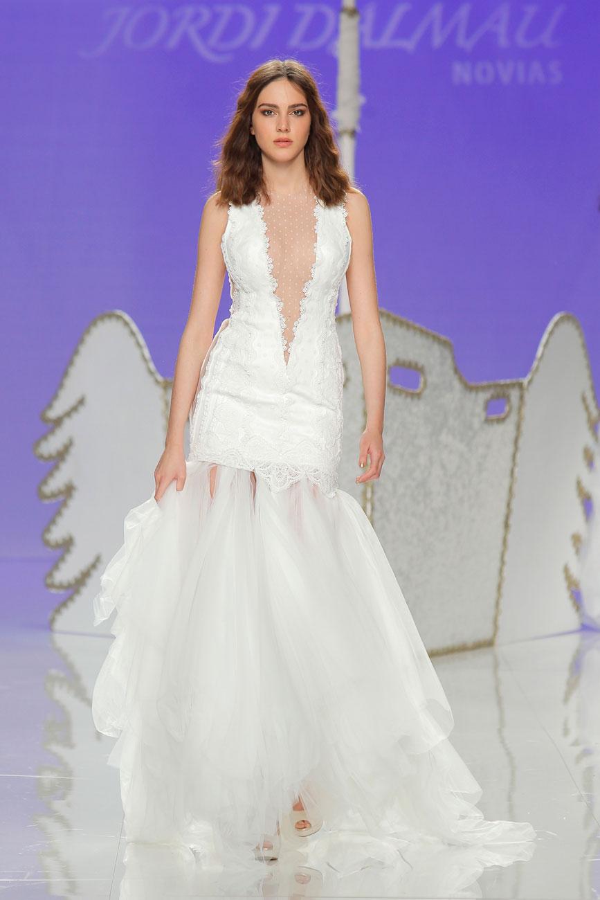 3-barcelona-bridal-week-eskuvo-classic-alice-blog-menyasszonyi-ruha-jordidalmau_35.jpg