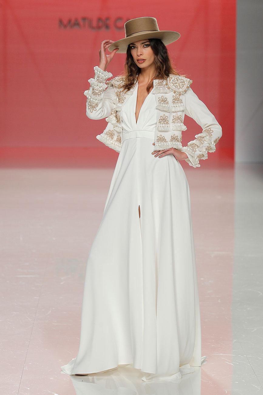 4-barcelona-bridal-week-eskuvo-classic-alice-blog-menyasszonyi-ruha-matildecano_57.jpg