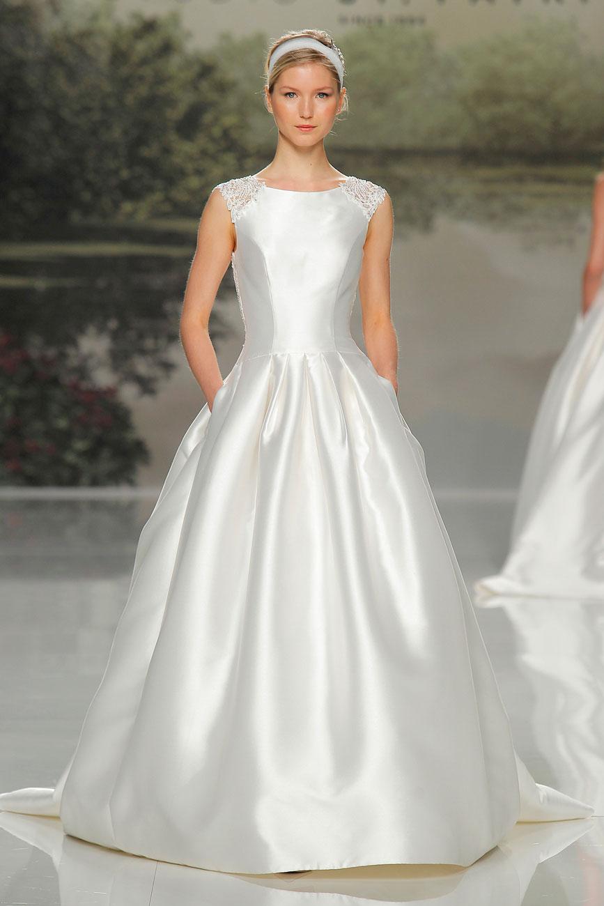 6-barcelona-bridal-week-eskuvo-classic-alice-blog-menyasszonyi-ruha-studiostpatrick_43.jpg