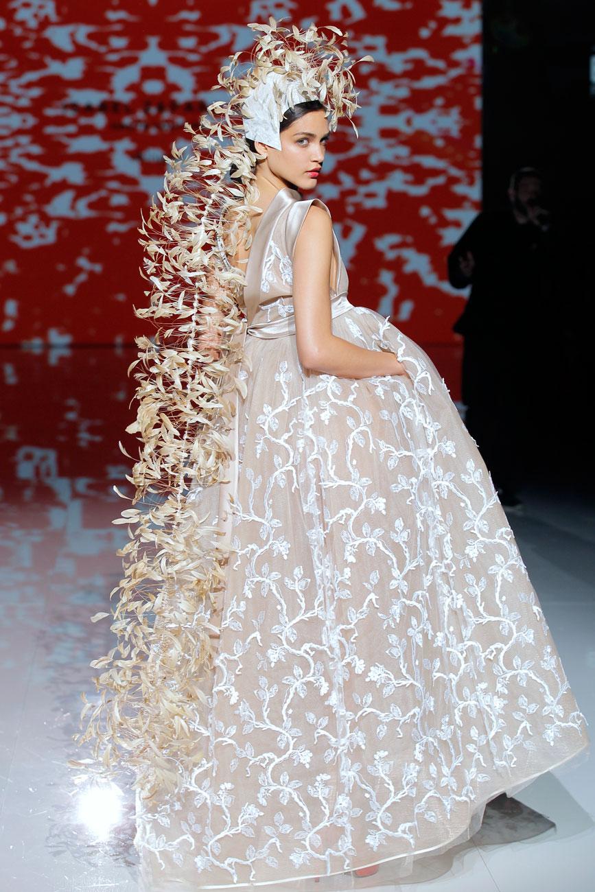 8-barcelona-bridal-week-eskuvo-classic-alice-blog-menyasszonyi-ruha-isabelzapardiez_21.jpg
