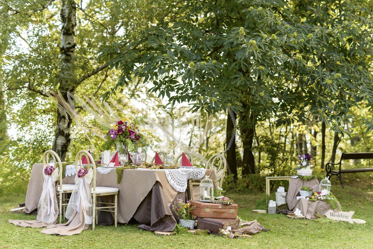eskuvo-classic-ujhullamos-eskuvoi-dekoracio-mezei-vamos-wedding-photography-01.jpg