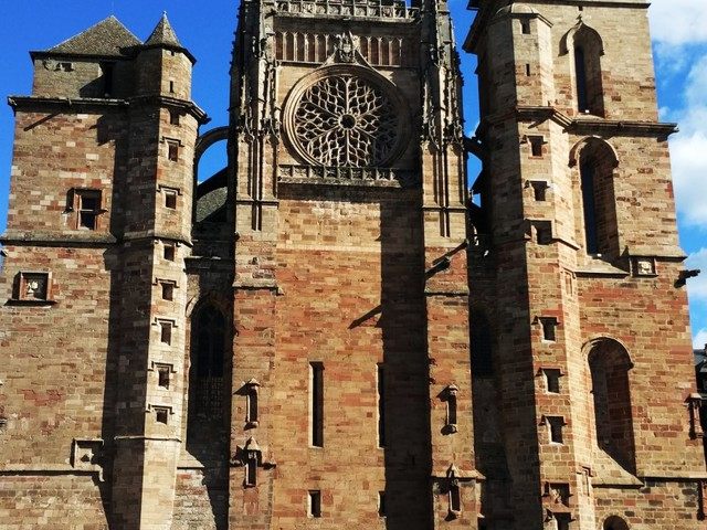 Aveyron megye gyöngyszeme: Rodez