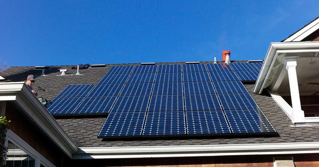solar-roof-shingles-vs-solar-panels1.png