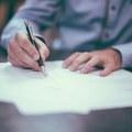 Költségvetési salátatörvényben változik a Munka törvénykönyve