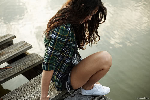 Thinspo-bythelakeonthebridge-1.jpg