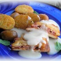 Hawai csirke ananászmártással és kókuszos-parmezános pirított purgonyával