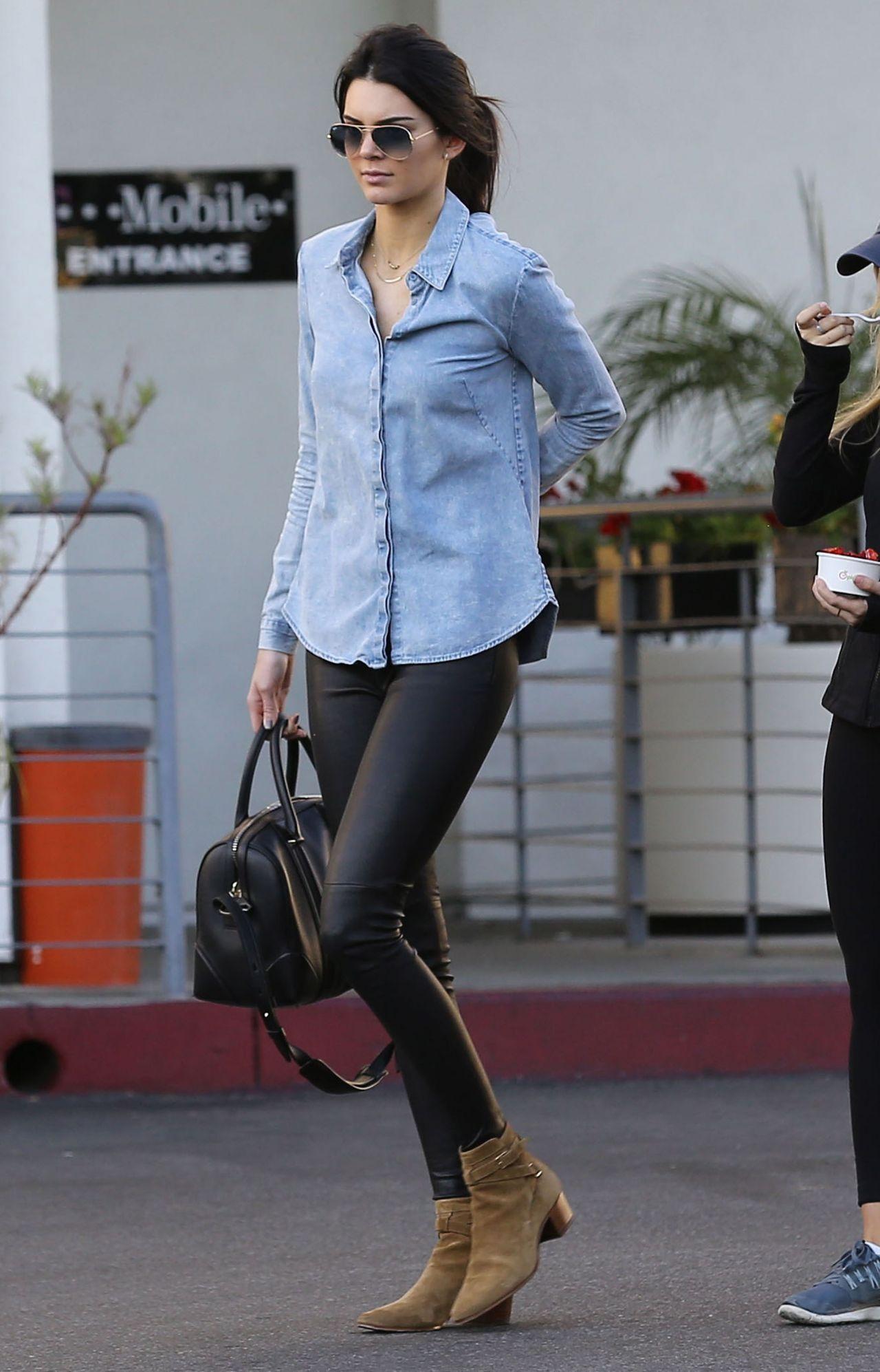 Novademoda Street Style Kendall Jenner