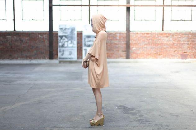 oversize-hoodie-dress-09_matte_950_634.jpg