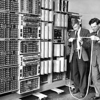 Az információs szakadék feltöltése 250 szócikkel