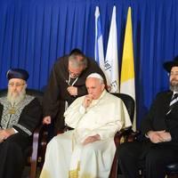 Jelek a szentföldi pápai látogatás alatt