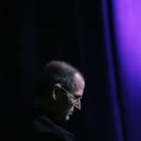 A Bloomberg szerint Steve Jobs meghalt