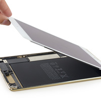 Szétszedték az iPad mini 4-et