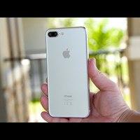Videón az új iPhone-ok demo modelljei