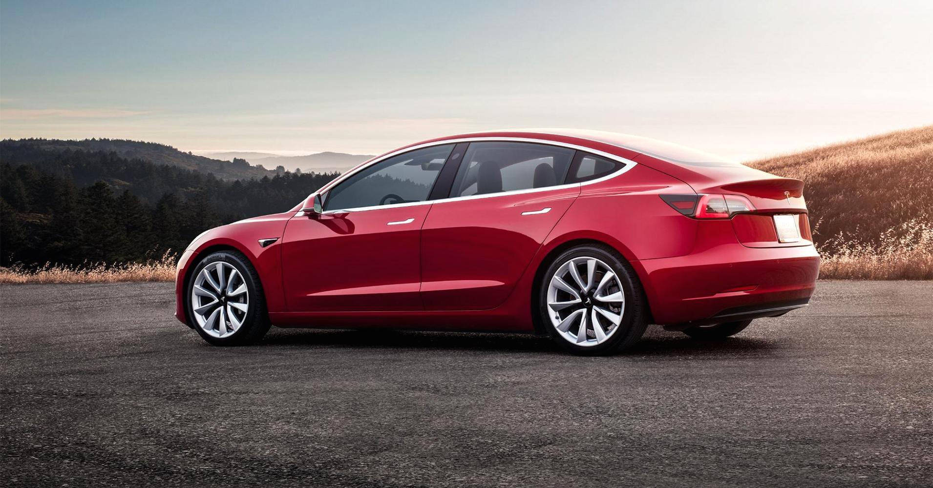 104951105-model-3---red-rear-sunset_1910x1000.jpg