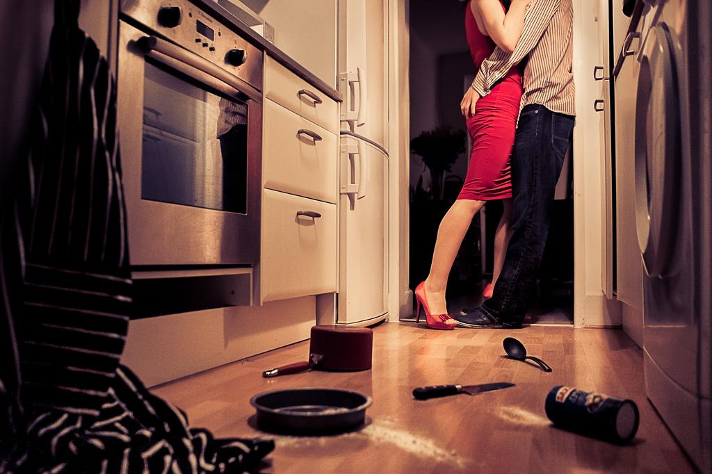 love_in_the_kitchen.jpg